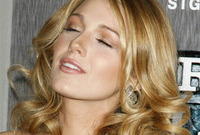 Blake-lively-hairstyles-side